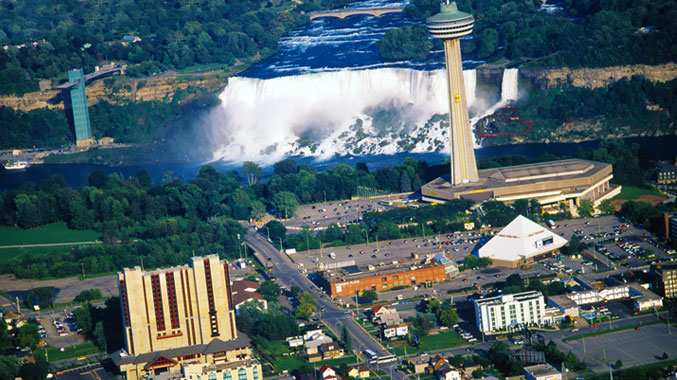 Four Points by Sheraton Niagara Falls Fallsview Hotel