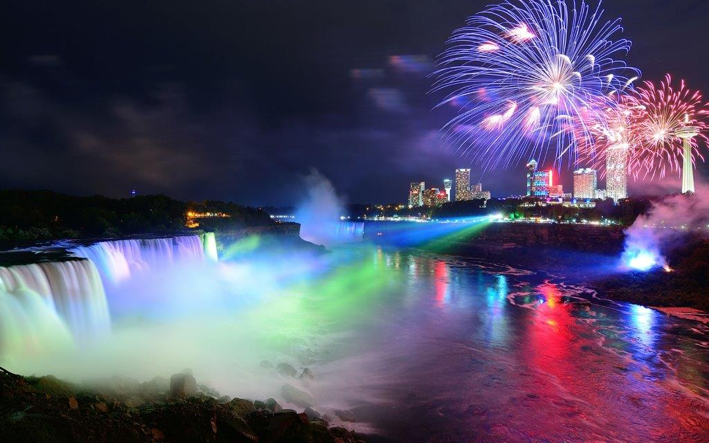 [Image: Winter-Festival-of-Lights-Niagara-Falls.jpg]
